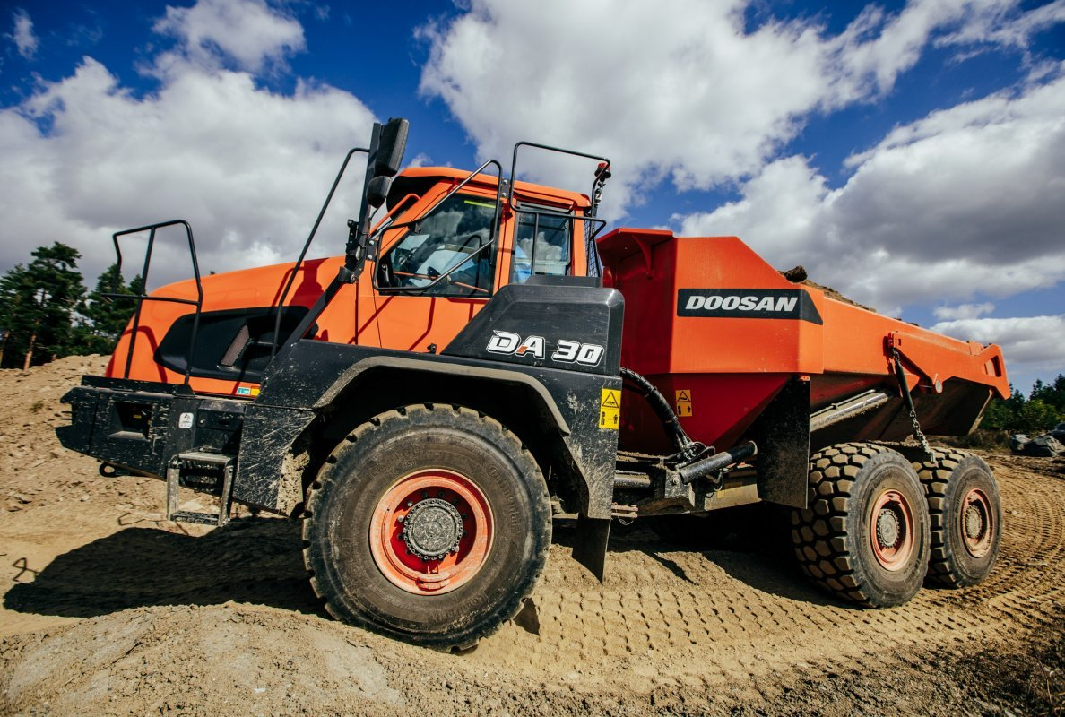 Doosan launches new Stage V articulated dump trucks