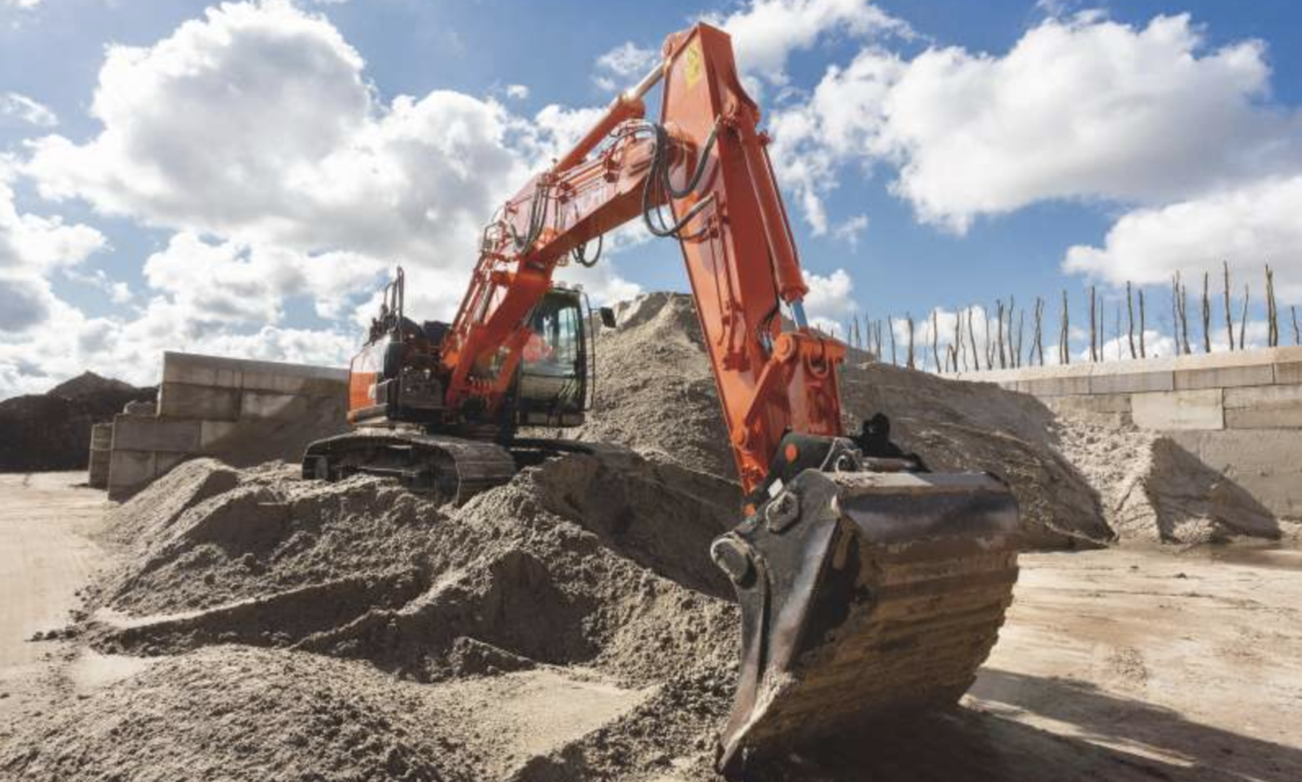 Hitachi introduces Stage-V compliant ZX160-7 and ZX180-7 excavators