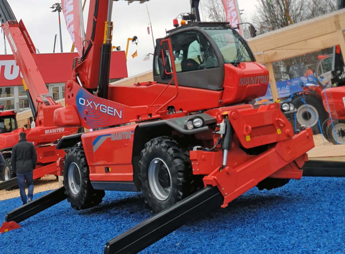Manitou showed all electric MRT at Matexpo